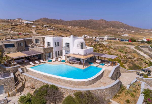 Rent a luxury villa on Mykonos Greece